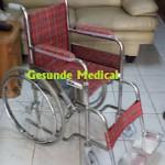 Kursi roda anak-anak alumunium warna merah
